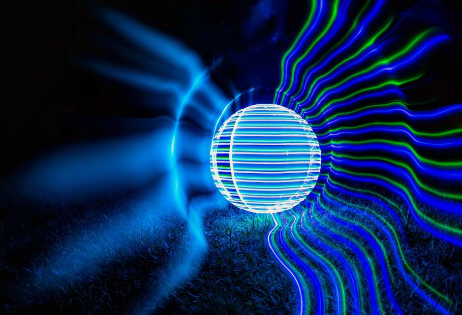 LED comet.   #light_painting #longexposure #lightpainting #lightart #slowshutter #nightshot #LED #canon #orb #nightphoto #nightphotography #colotful #longexposurephotography  #sphere