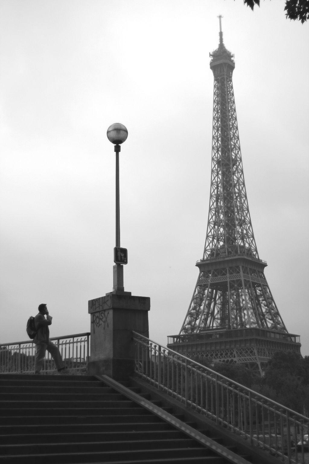 #paris #travel #blackandwhite#FreeToEdit