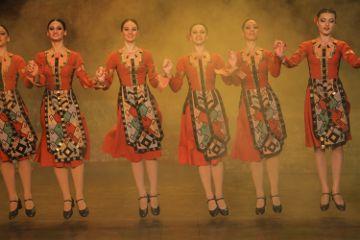 interesting art dance armeniannationaldance jump