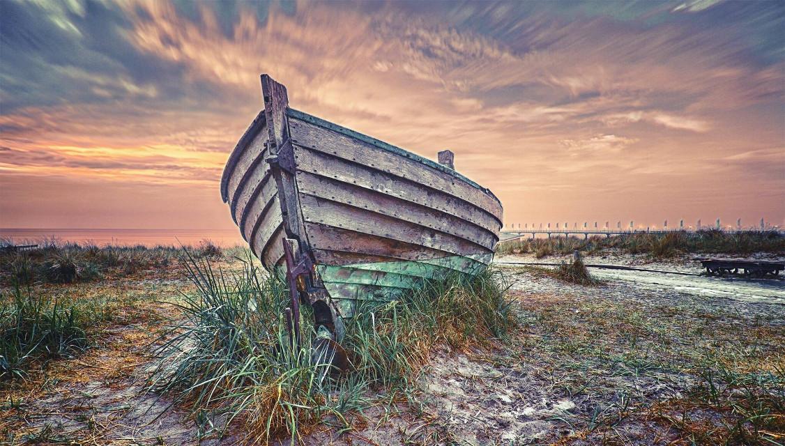 Old boat, Zingst, Germany  #landscape landscape #landscapephotography #landscape_captures #landscape_lovers #naturephotograp