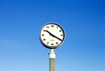 freetoedit blue background clock minute