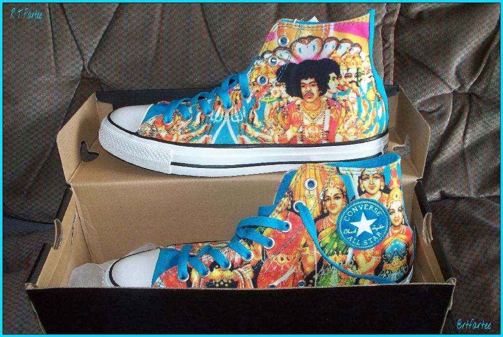 d10fe7676fcf8f Noo Shooz   Converse Jimi Hendrix
